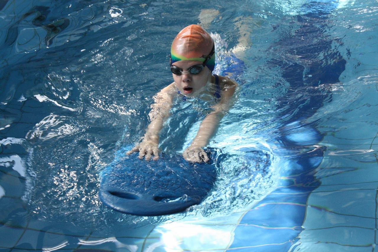 Фото купания в бассейне 26 фотография
